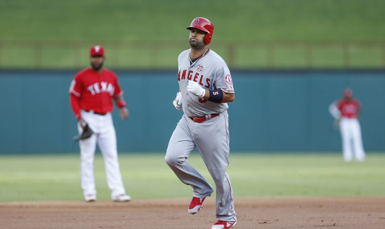 The Best Thing in Baseball This Week: Albert Pujols Steals a Second of Time
