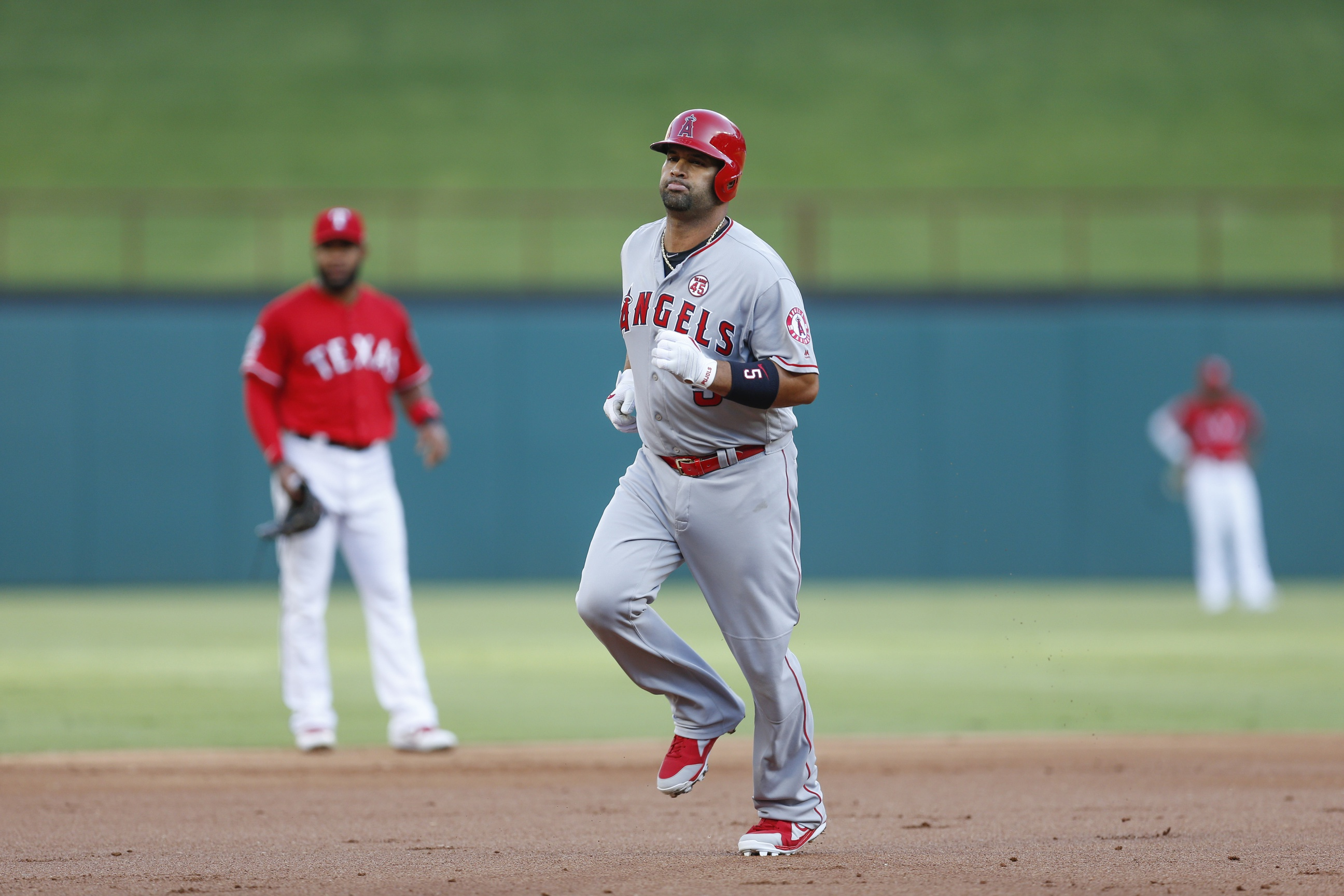 The Best Thing in Baseball This Week: Pujols Steals a Second of Time